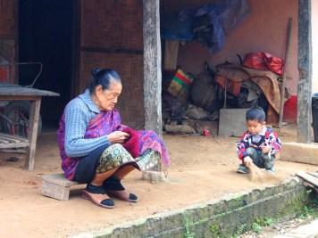 femme lao enfant