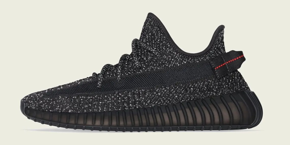 "Yeezy Boost 350 V2 en ""Black Reflective"""