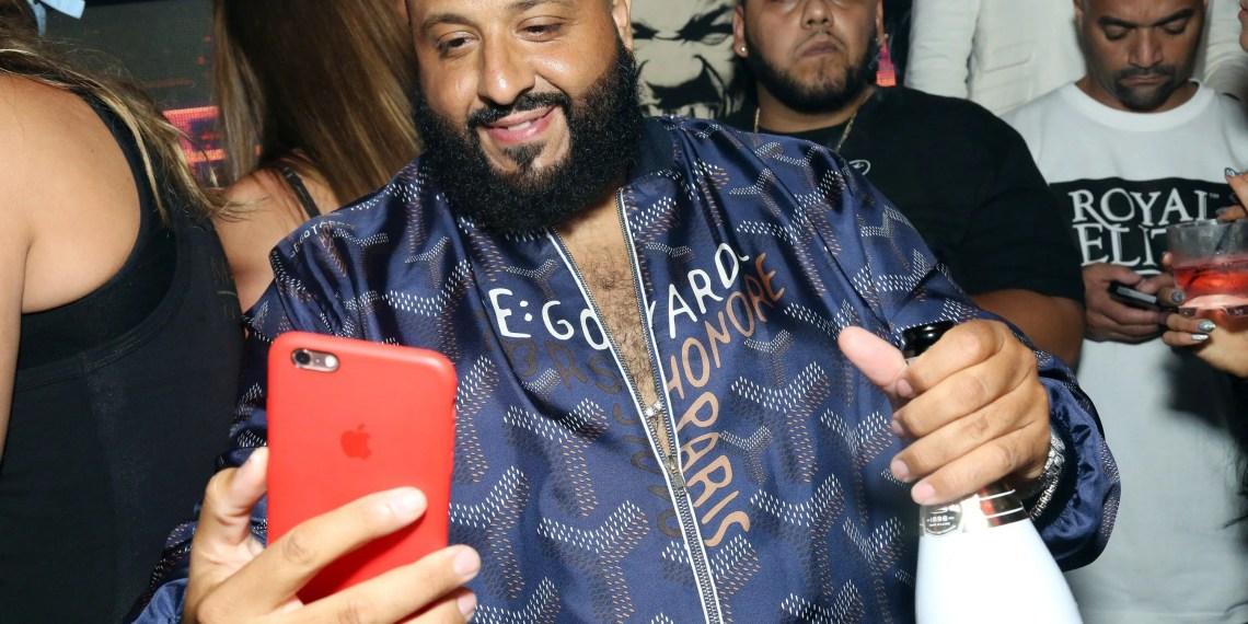 DJ Khaled pris en embuscade par le twerk d'une fan sur son Live Instagram