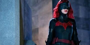 Batwoman pas de remplaçante pour Ruby Rose !