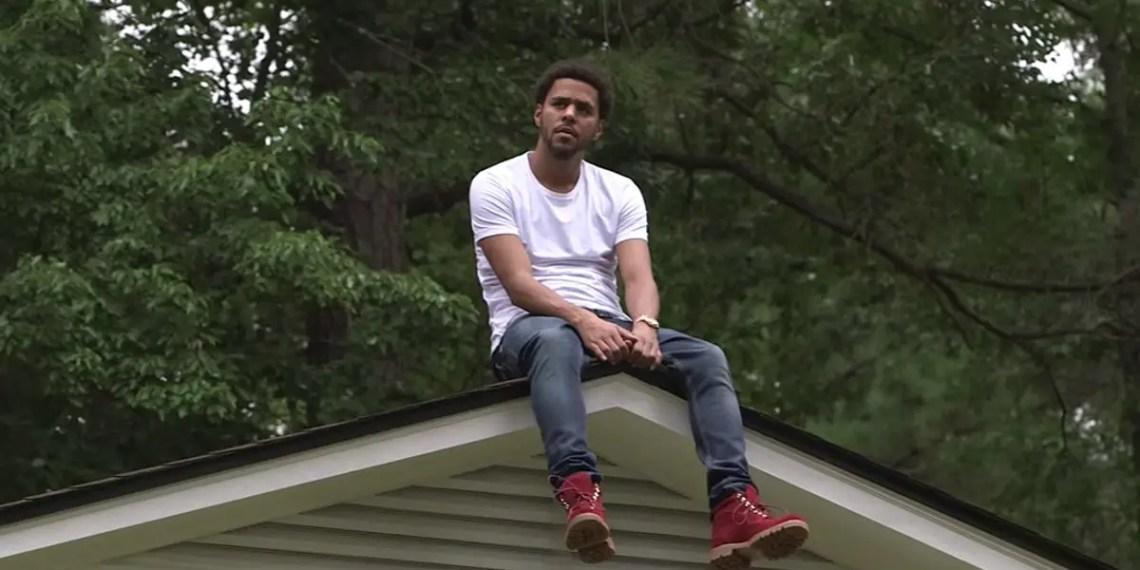 """J. Cole Drop une vidéo inédite pour le titre """"Fire Squad"""" datant de 2014"""