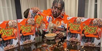 Le rappeur Lil Yachty vient de dévoiler sa collaboration entre lui et la célèbre marque de céréales américaine Reese's Puffs. Après Travis Scott c'est au tour de Yachty de collaborer avec la marque…