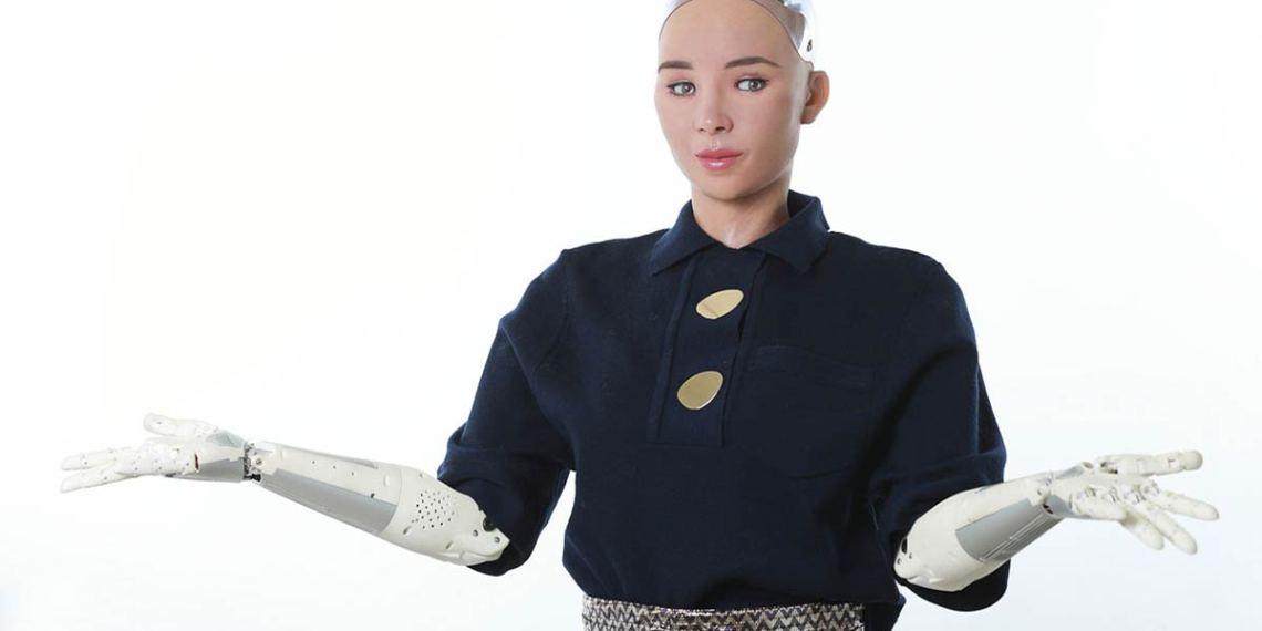 Sophia le robot humanoïde pourrait être fabriqué en masse pour lutter contre la pandémie