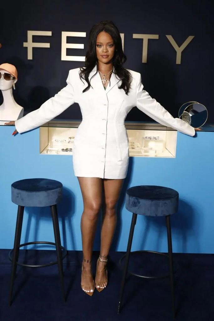 Rihanna met fin à la marque LVMH Fenty !