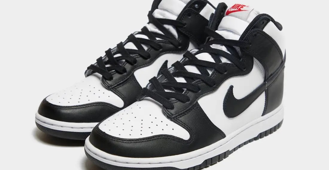 La Nike Dunk High sort en version Black and White