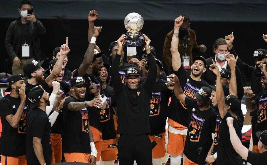 Les Phoenix Suns font leur grand retour en finale NBA après 28 ans d'absence