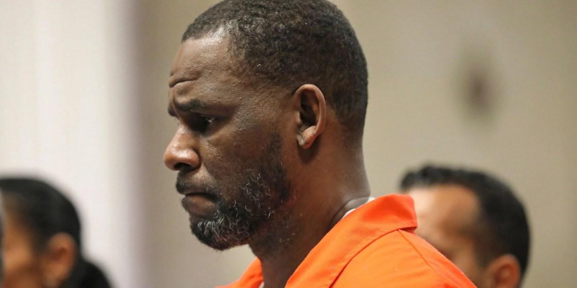 Rapport : Une des accusatrices de R. Kelly dit qu'il l'a forcée à se faire avorter