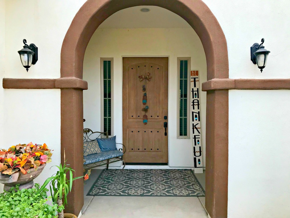 Greet the Day with Gratitude – Be Thankful Door Decor