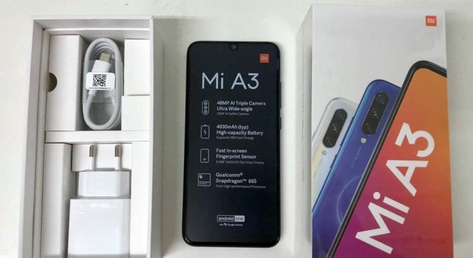 Live Images Of Xiaomi Mi A3 Unboxing