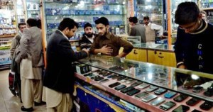 Purchasing used, smuggled phones in Pakistan remains a risky business