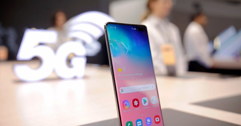 The battle of 5G phones in China is heating up