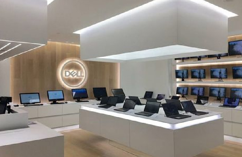 Laptop shop interior design
