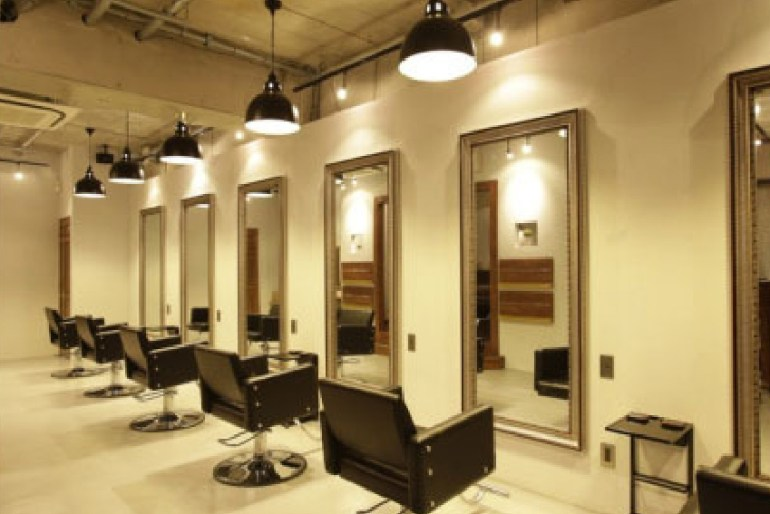 Modern Salon Interior Design