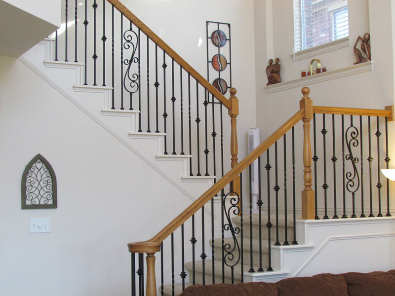 Metal And Wood Railing Stairs Design
