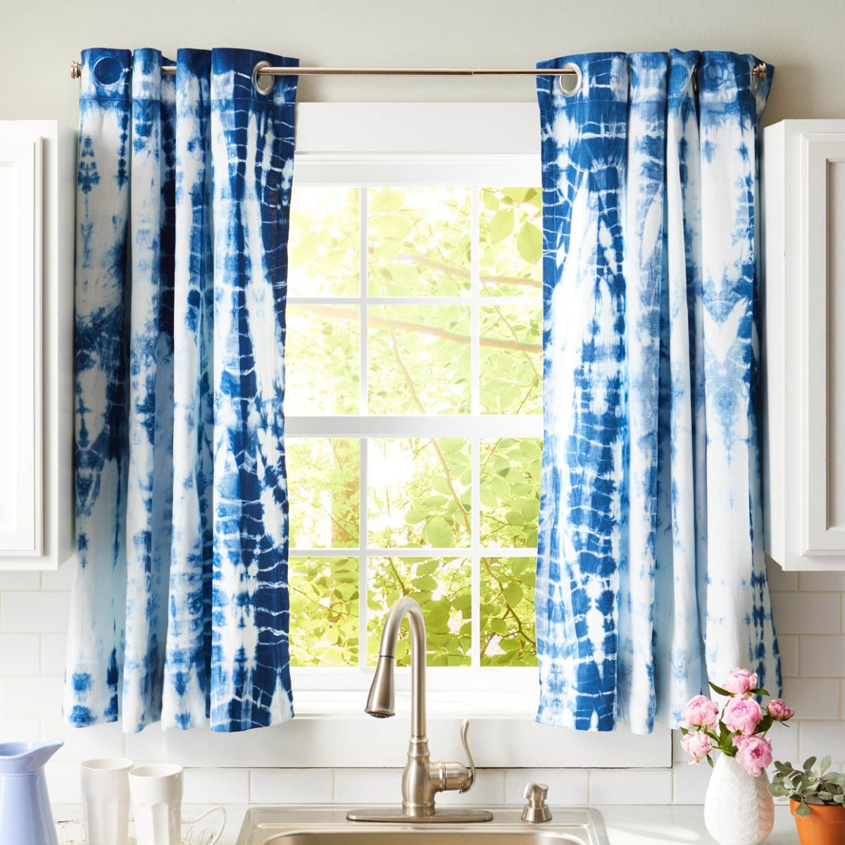 Above Sink Curtain Ideas For Kitchen