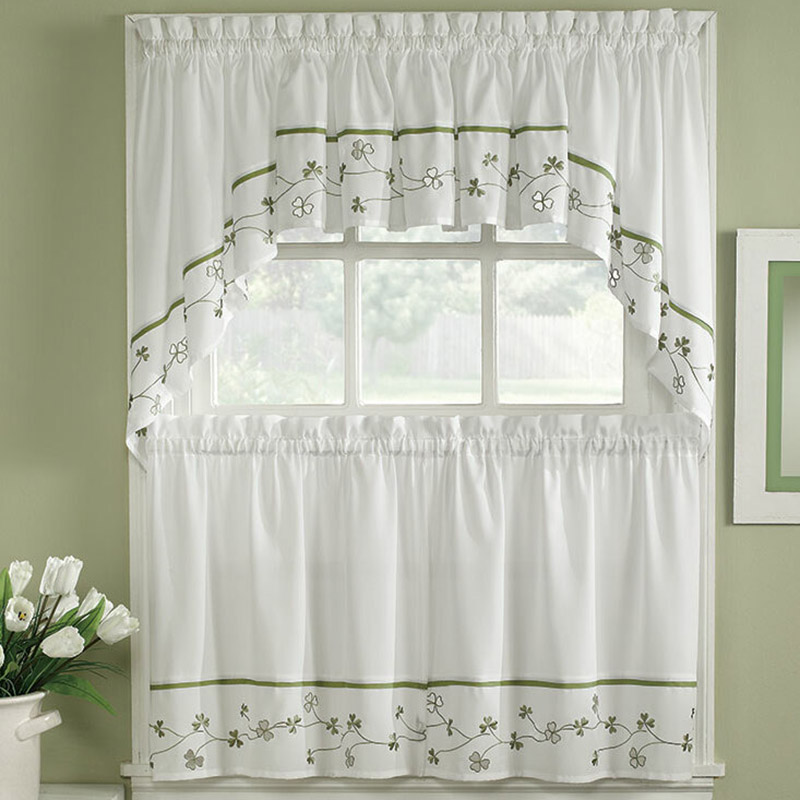 Floral Gingham Tier Window