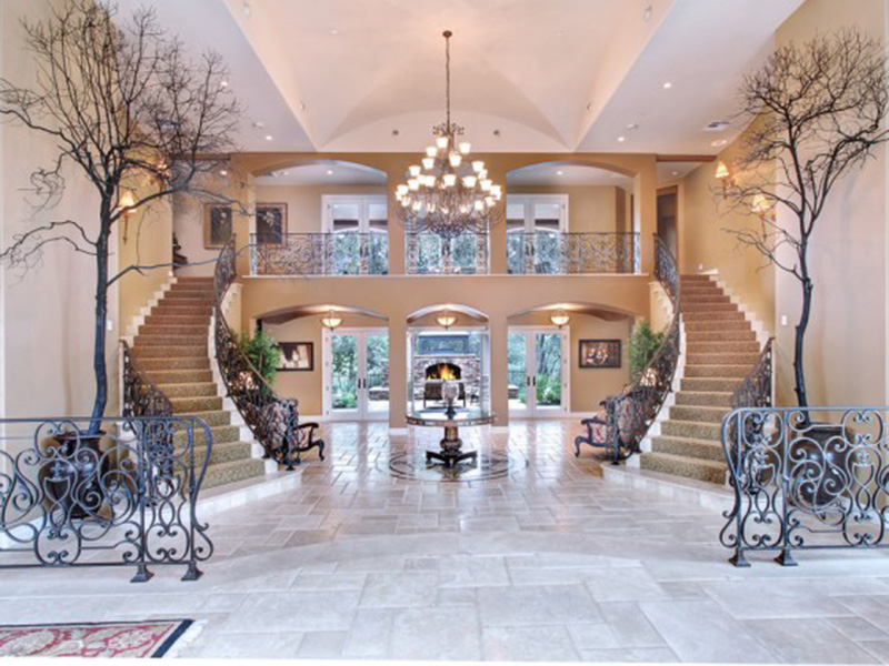 Luxury Entry Hall Stairs