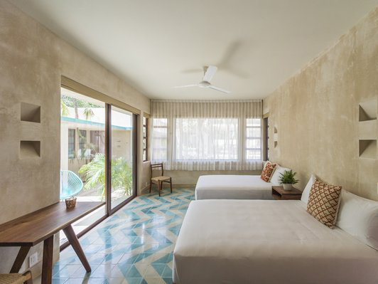 Blue And White Bedroom Tiles