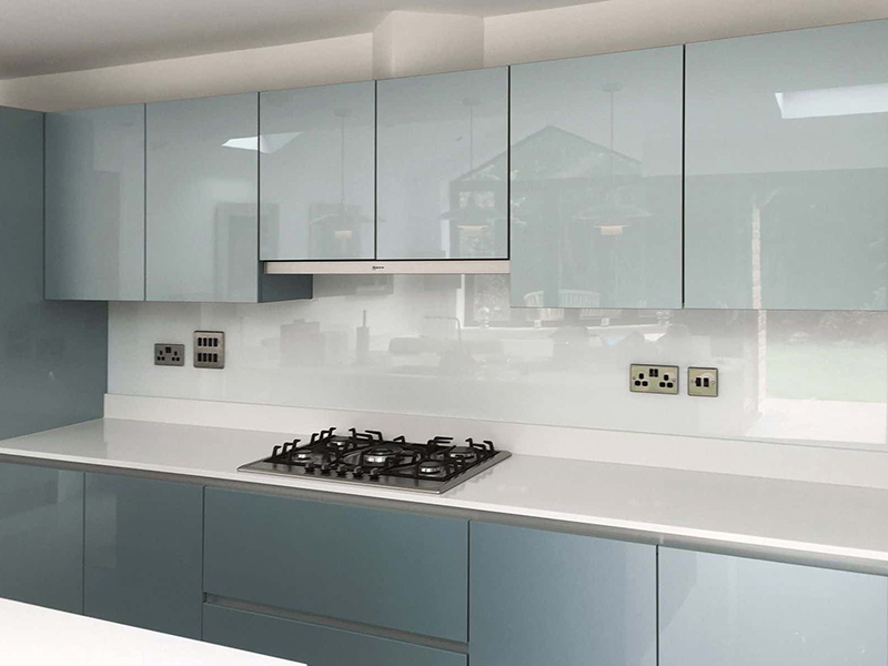 Glass Metal Kitchen Cabet Style