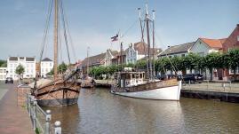 Alte Schiffe im alten Hafen