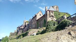 Die Burg Thurant oberhalb von Alken