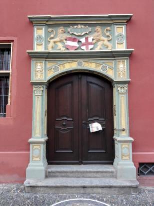 Prächtiges Rathaus-Portal