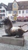Löwe vor dem Rathaus