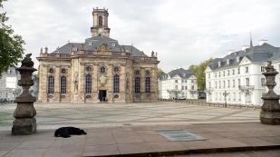 Ludwigskirche mit Ludwigsplatz