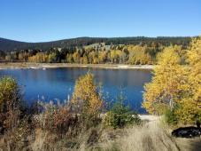 Blick vom Nordufer des Schluchsees zum Südufer