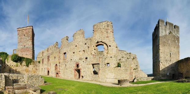 Ruine der Oberburg der Burg Rötteln