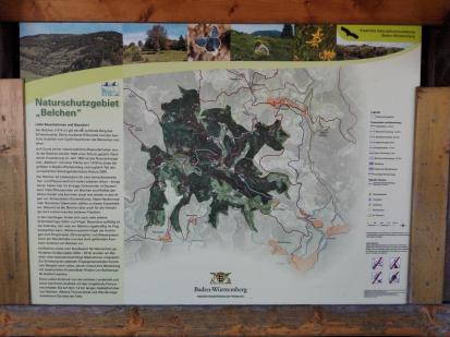 Infotafel zum Naturschutzgebiet Belchen