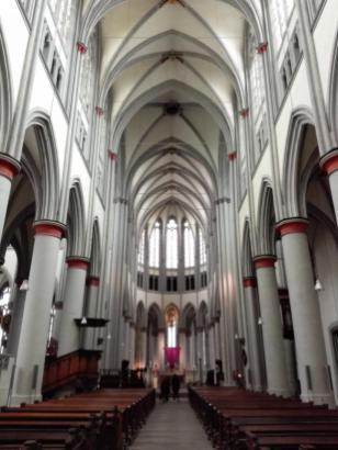 Innenraum des von Katholiken und Protestanten genutzten Doms