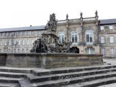 Markgrafenbrunnen vor dem Neuen Schloss