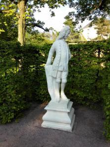 Figur in der Orangerie