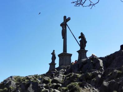 Die barocke Kreuzigungsgruppe auf dem Gipfel der Milseburg