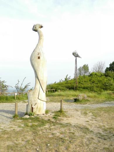 Skulpturen an der Steilküste zwischen dem Kap Arkona und dem Fischerdorf Viet