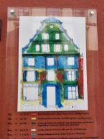 Farblich markiert: Die verschiedenen Epochen der Entstehung des Hauses auf dem vorangegangenen Foto