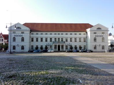 Das historische Rathaus am Marktplatz