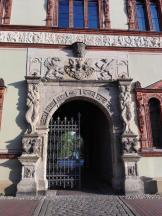 Portal des Gerichtsgebäudes