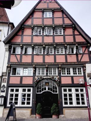 """Das Historische Fachwerkhaus """"Walhalla"""""""