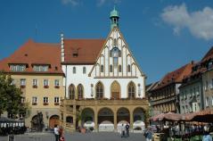 Marktplatz und-Rathaus von Amberg (Foto: Harald909 | http://commons.wikimedia.org | Lizenz: CC BY-SA 3.0 DE)