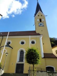 Kath. Stadtpfarrkirche St. Johann Baptist
