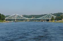"Die Brücke ""Blaues Wunder"" (Foto: Nikater | http://commons.wikimedia.org | Lizenz: CC BY-SA 3.0 DE)"