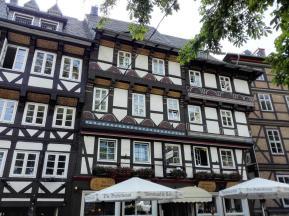 Fachwerkhäuser neben der Jacobikirche