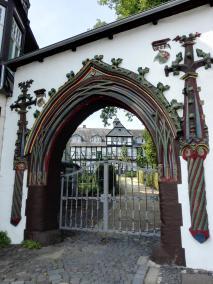 Portal des ehemaligen Klosters auf dem Frankenberg