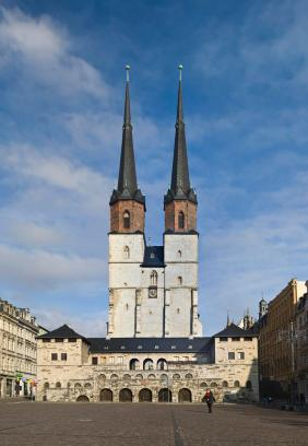 Marienkirche von Westen aus gesehen. (Foto: Omit234   http://commons.wikimedia.org   Lizenz: CC BY-SA 3.0 DE)