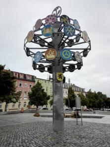 Zunftbaum in der Innenstadt von Riesa