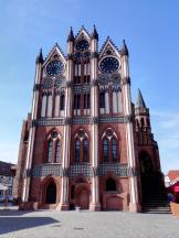 Das historische Rathaus in Backstein