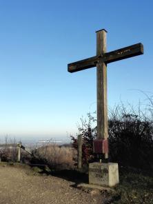 Bergkreuz am Aussichtspunkt