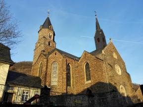 Die Pfarrkirche von Hatzenport